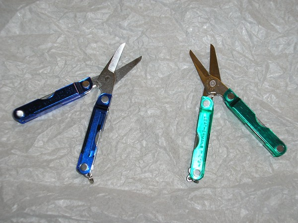 Leatherman Micra, plastic blue & green handle covers.jpg